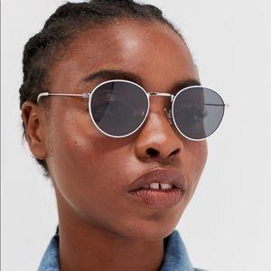 UO White Metal Round Sunglasses NWT